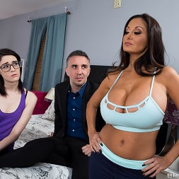 Ava Addams in 'Brazzers' Stay Away From My Daughter- Part 2 (Thumbnail 14)