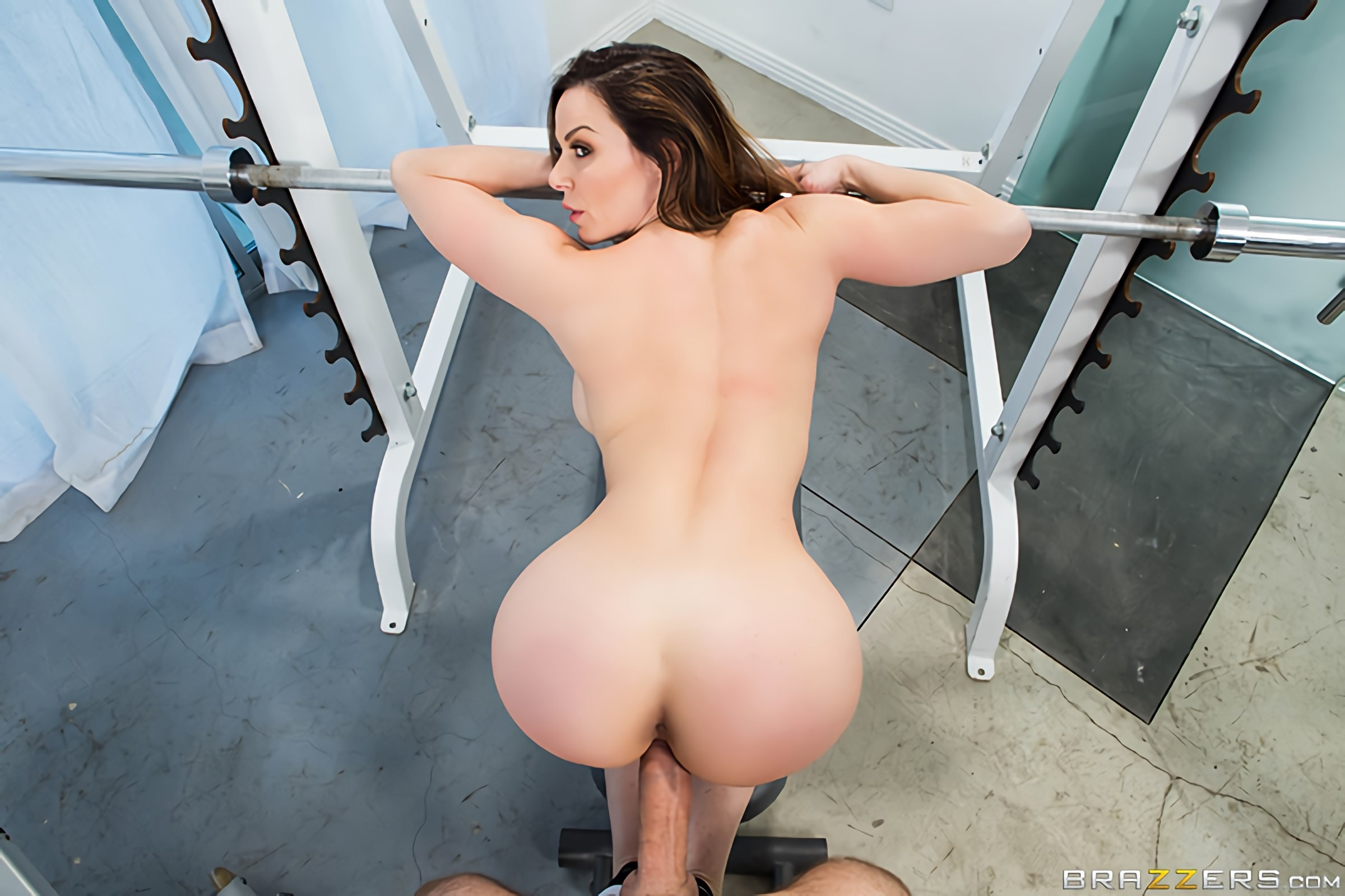 Brazzers 'Personal Trainers- Session 1' starring Kendra Lust (Photo 4)