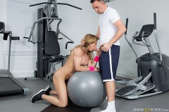 Nina Dolci - Ninas Workout (Thumb 01)