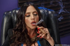 Ariella Ferrera - The Trophy Husband (Thumb 01)