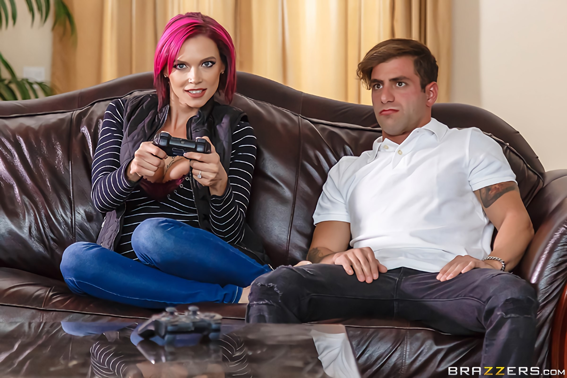 Brazzers 'Putting Her Feet Up' starring Anna Bell Peaks (photo 1)