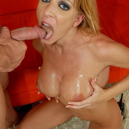Lexi Lamour in 'Brazzers' Busty Blonde Milf Lexi Lamour (Thumbnail 14)