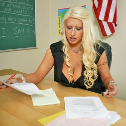 Candy Manson in 'Brazzers' Lesson Learned (Thumbnail 1)