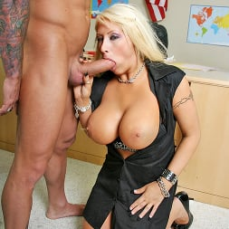Candy Manson in 'Brazzers' Lesson Learned (Thumbnail 6)