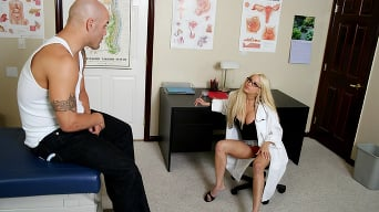 Gina Lynn in 'Getting rid of the erection'