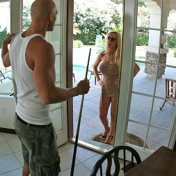 Nikki Benz in 'Brazzers' Is Recruiting Big Cocks For Her Big Dic (Thumbnail 7)