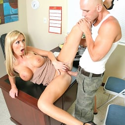 Nikki Benz in 'Brazzers' Is Recruiting Big Cocks For Her Big Dic (Thumbnail 11)