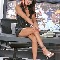 Eva Angelina in 'Brazzers' Earning respect (Thumbnail 1)