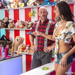 Eliza Ibarra in 'Brazzers' Cucked At The Carnival (Thumbnail 1)
