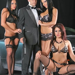 Eva Angelina in 'Brazzers' Licence to fill (Thumbnail 5)