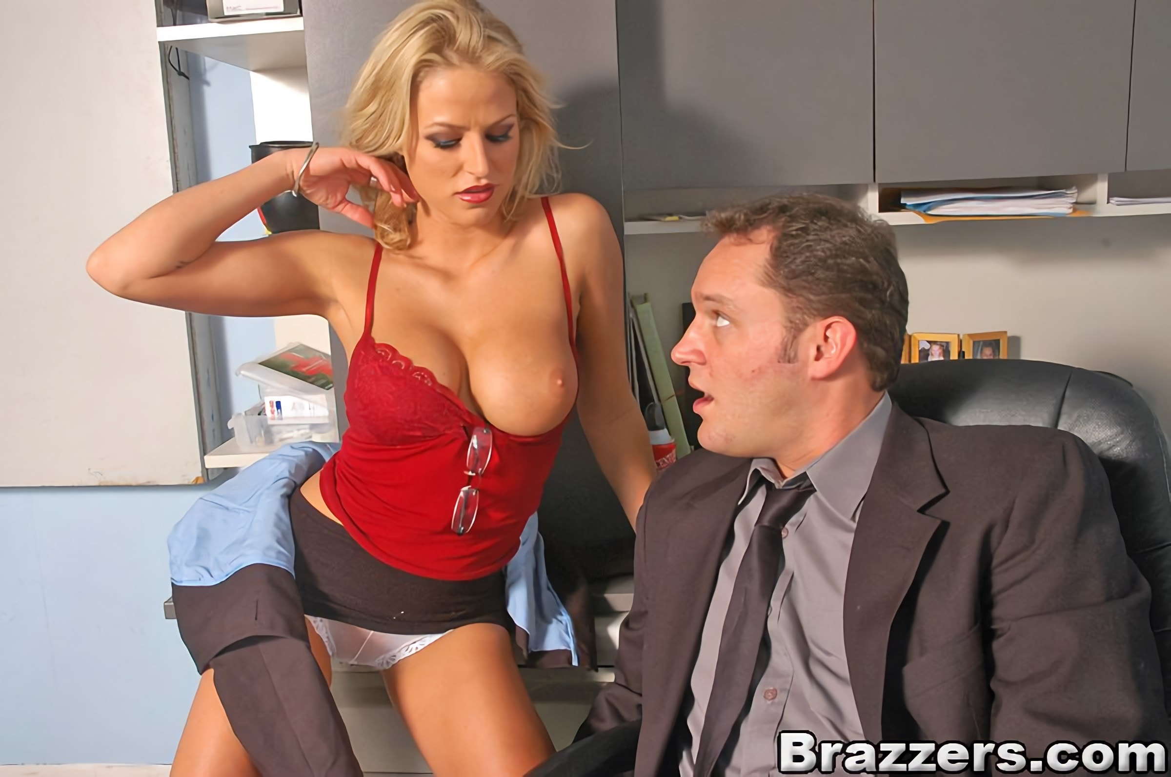Brazzers 'Raising the stakes' starring Brooke Belle (photo 6)