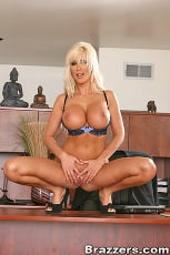 Puma Swede - Role playing treatment (Thumb 03)
