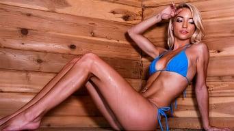 Paisley Rae in 'Sauna Seduction'