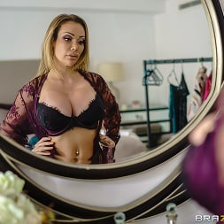 Chessie Kay in 'Brazzers' Dressing Room Poon (Thumbnail 1)