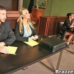 Eva Angelina in 'Brazzers' People vs. Pornstarslikeitbig (Thumbnail 5)