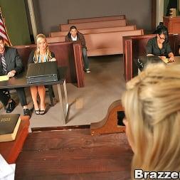 Eva Angelina in 'Brazzers' People vs. Pornstarslikeitbig (Thumbnail 6)