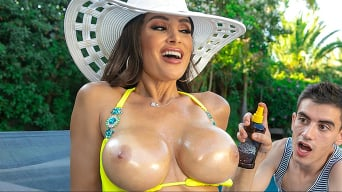 Lisa Ann in 'Lisa's Pool Boy Toy'