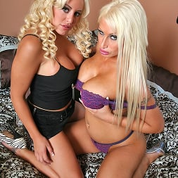 Candy Manson in 'Brazzers' A Little Extra Action (Thumbnail 1)