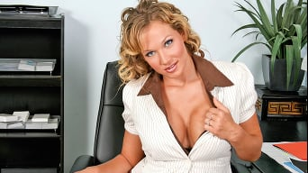 Nikki Sexx in 'Cause The Copy Boy Says So!'