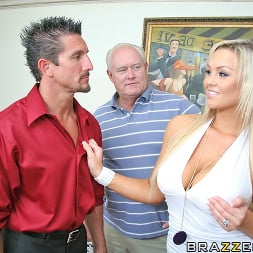 Abbey Brooks in 'Brazzers' Rent Money Payback (Thumbnail 6)