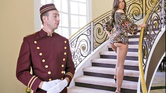 Kelly Devine in 'Tippin The Bellboy'