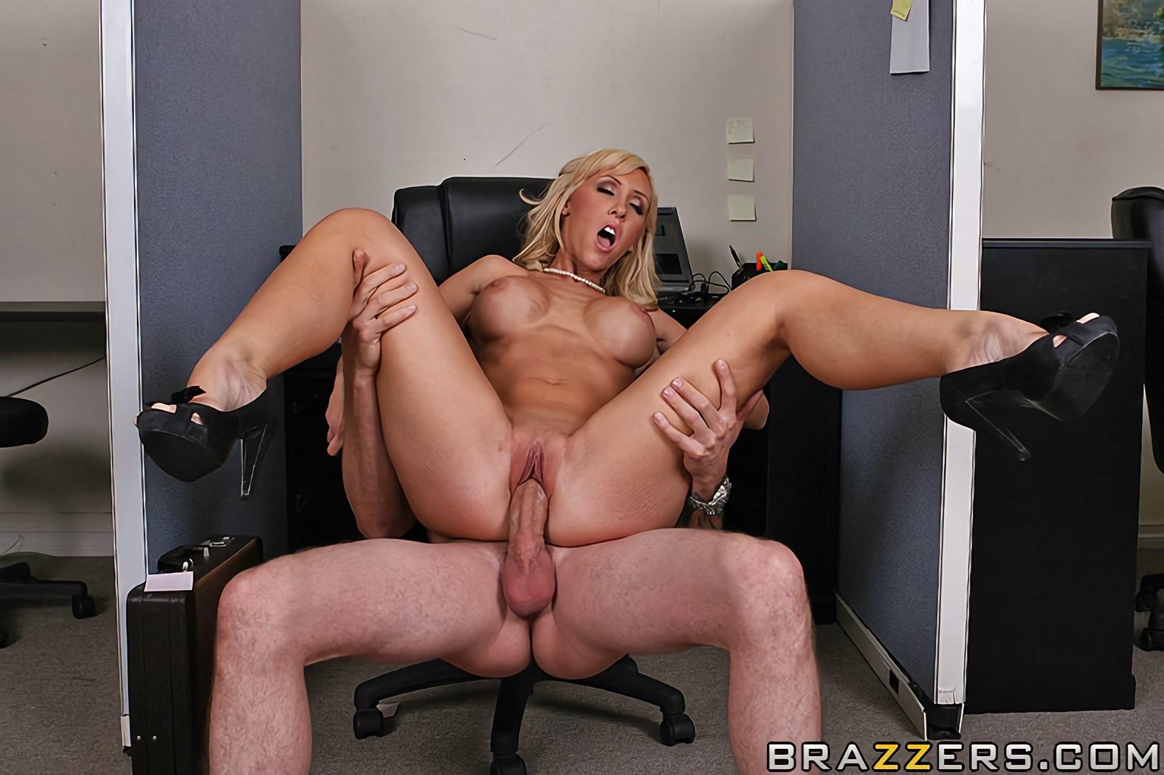 Негры трансы джессика линн порно в офисе