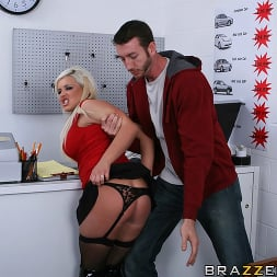 Andi Anderson in 'Brazzers' Car Rental gone bad (Thumbnail 8)