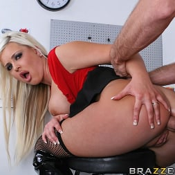 Andi Anderson in 'Brazzers' Car Rental gone bad (Thumbnail 12)