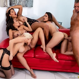 Bridgette B in 'Brazzers' Office 4-Play: Latina Edition (Thumbnail 4)