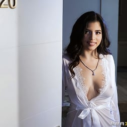Gabriela Lopez in 'Brazzers' Champagne And Diamonds (Thumbnail 1)