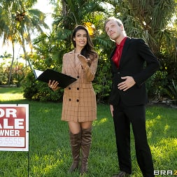 Katana Kombat in 'Brazzers' I'm Trying To Sell A House! (Thumbnail 1)