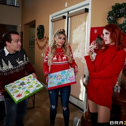 Jessa Rhodes in 'Brazzers' Horny For The Holidays: Part 1 (Thumbnail 1)