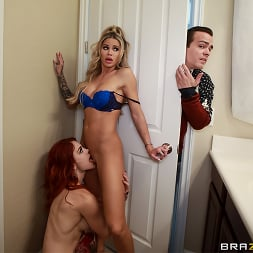 Jessa Rhodes in 'Brazzers' Horny For The Holidays: Part 1 (Thumbnail 3)