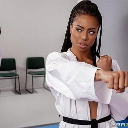Kira Noir in 'Brazzers' Fighting Foot Domination (Thumbnail 1)