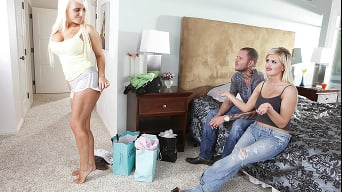 Andi Anderson in 'Dont you wish your girl was a freak like me!'