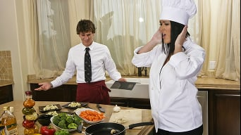 Carmella Bing in 'Chefs Recipe For Success'