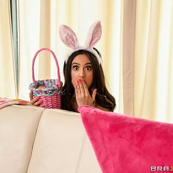 Eliza Ibarra in 'Brazzers' Hopping On A Cock (Thumbnail 1)