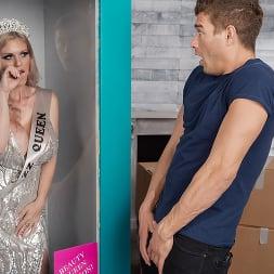 Casca Akashova en 'Brazzers' Todo dolled: edición de beauty queen (Miniatura 6)