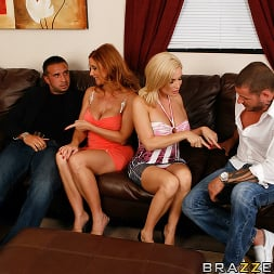 Diamond Foxxx in 'Brazzers' Rules of Milf Attraction  (Thumbnail 7)