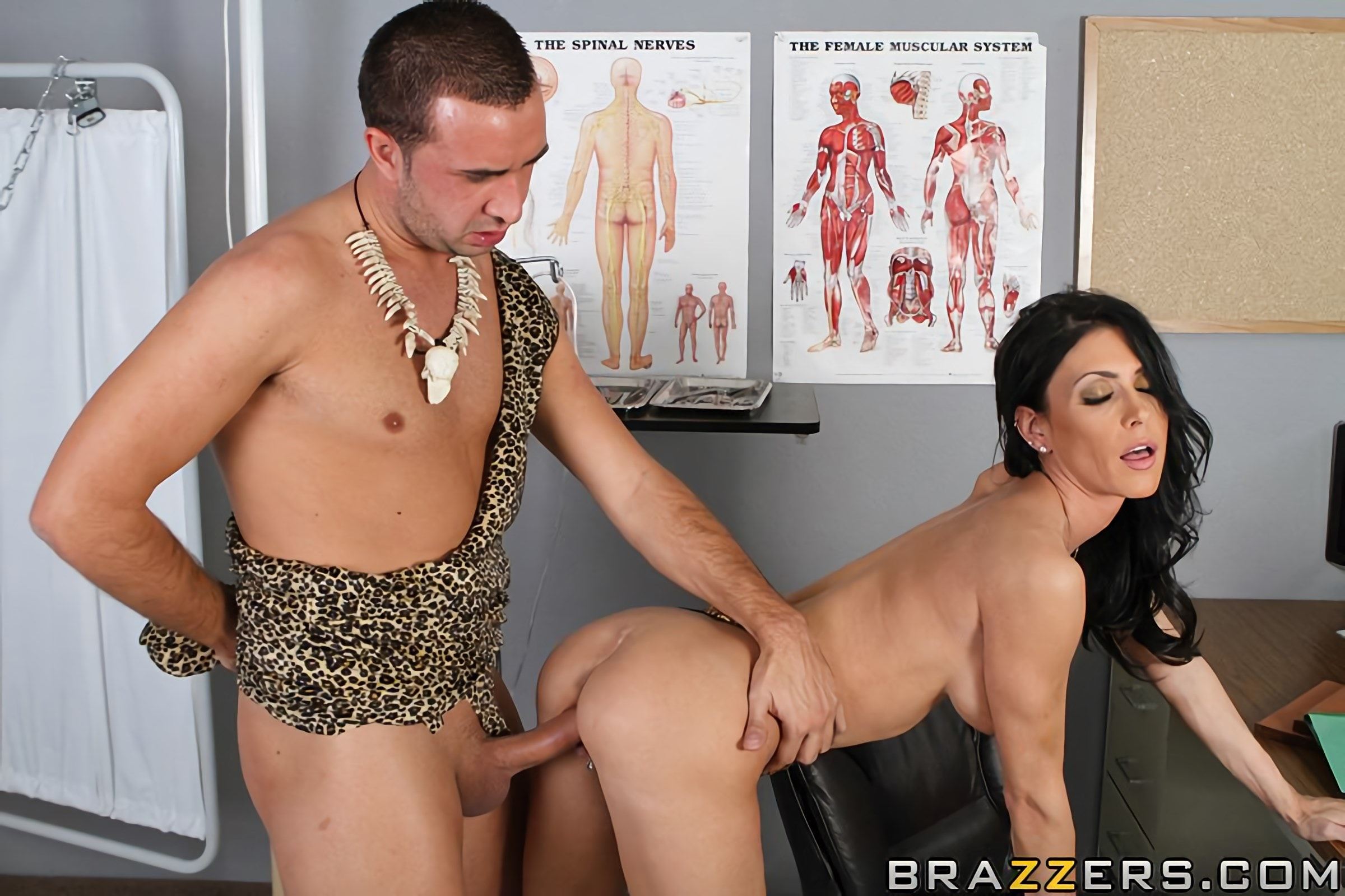 Brazzers 'The Cock Huntress' starring Jessica Jaymes (Photo 10)