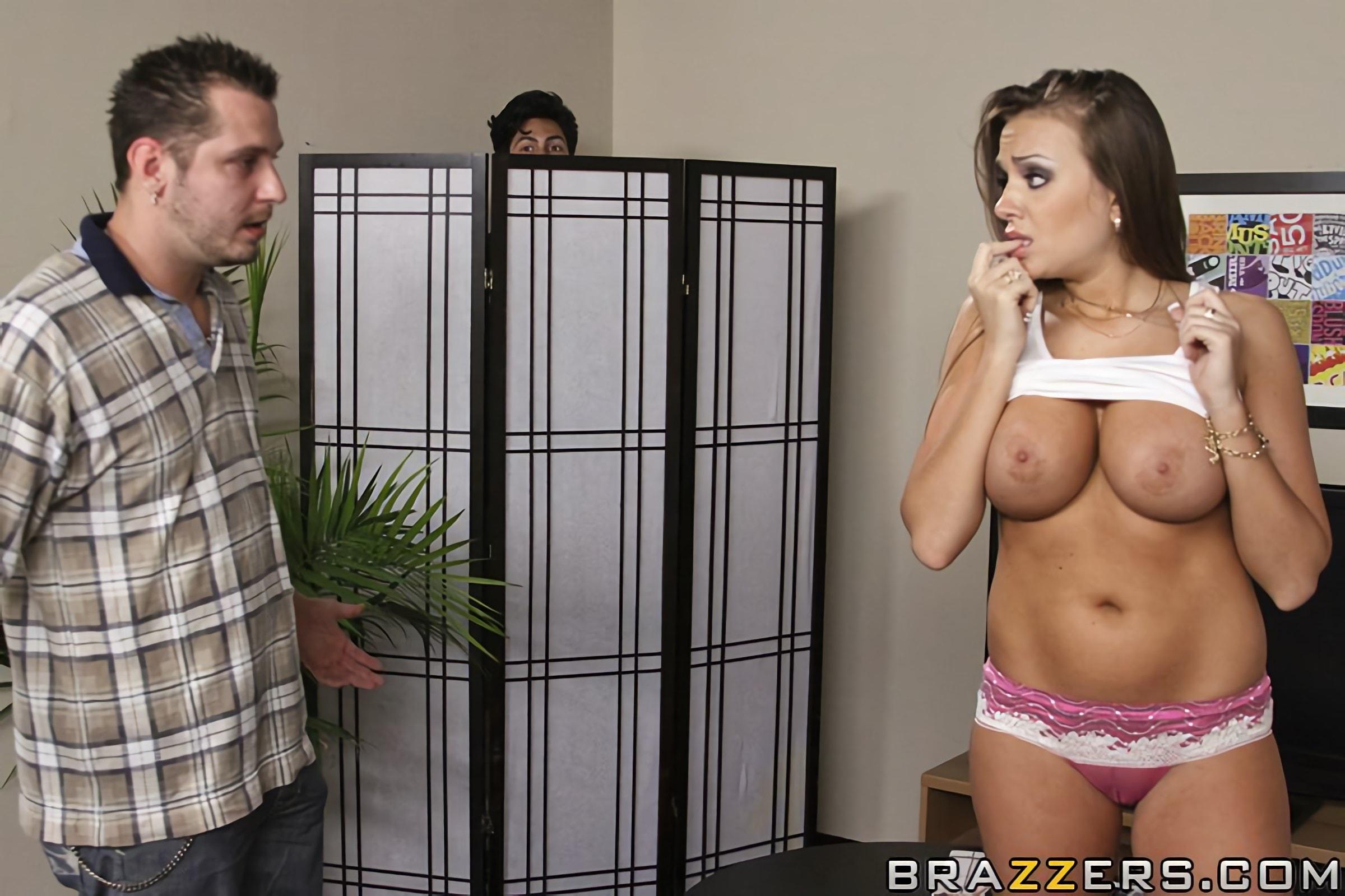 Brazzers 'Baby Sitting Cock Sucker' starring Nika Noire (Photo 5)