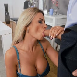 Shalina Devine in 'Brazzers' MILF Ex Wants My Cock (Thumbnail 2)