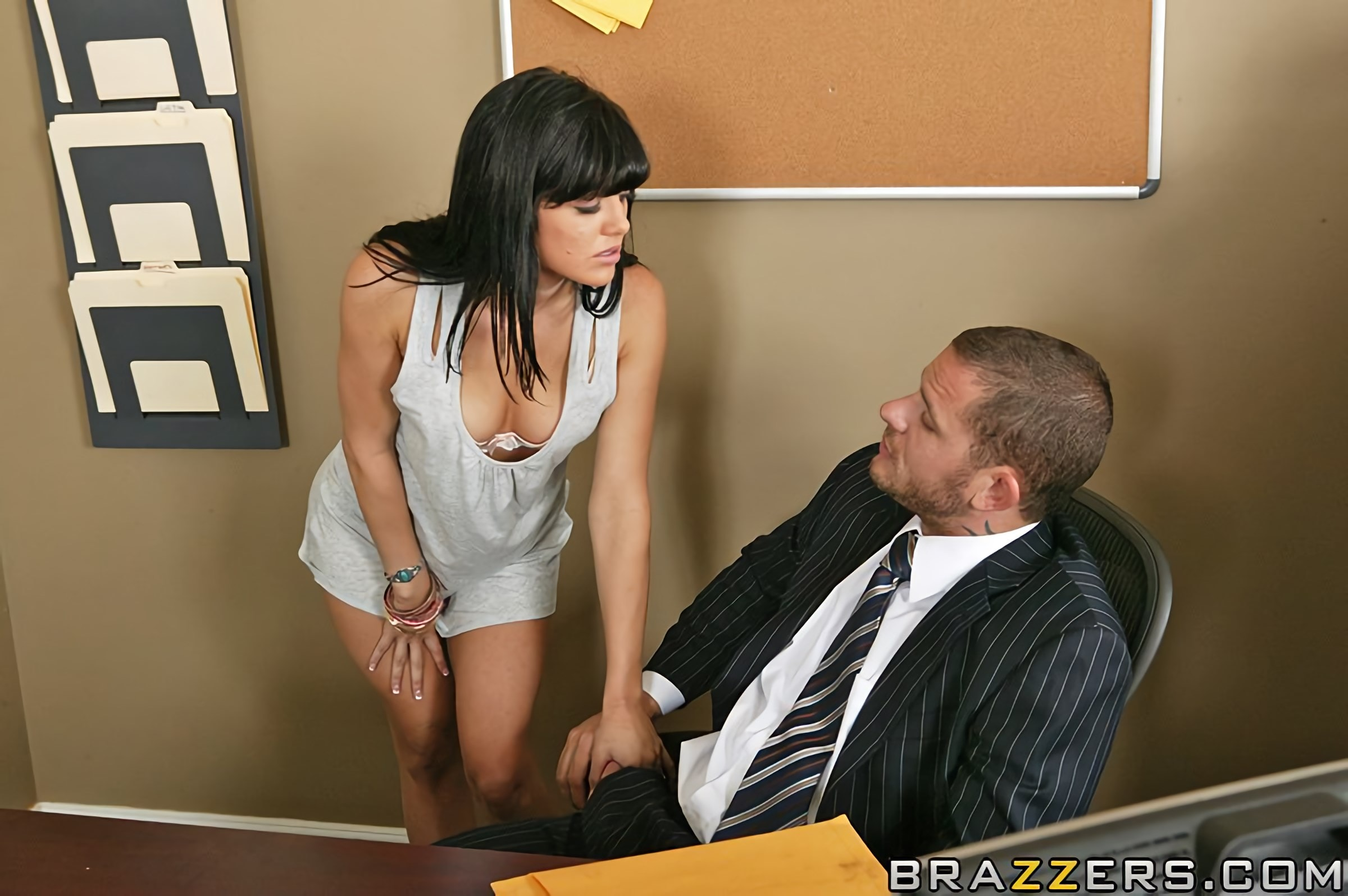 Brazzers 'Sex Detective' starring Sadie West (Photo 5)
