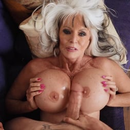 Sally D'Angelo in 'Brazzers' Sneaky Grandma (Thumbnail 5)