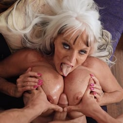 Sally D'Angelo in 'Brazzers' Sneaky Grandma (Thumbnail 6)