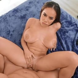 Victoria June in 'Brazzers' The Marriage Destroyer (Thumbnail 4)