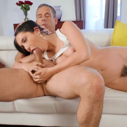 Jane Wilde in 'Brazzers' Fuck The Jackpot, Pound My Ass! (Thumbnail 4)
