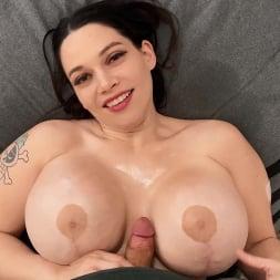 Brooklyn Springvalley in 'Brazzers' Brooklyn's Big Tits Want Massage (Thumbnail 4)