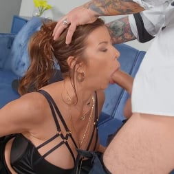 Alexis Fawx in 'Brazzers' Cafe Chic (Thumbnail 2)