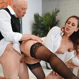 Cherie Deville in 'Brazzers' Working For A Milf (Thumbnail 3)